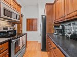 Blue Ridge Suite 1 - Large Bathroom w/ Stone and Granite Finishes