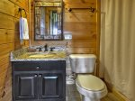 Bearly Roughing It - Lower Level Shared Bathroom