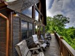 Bearly Roughing It - Deck w/ Outdoor Seating