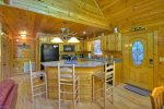 Laurel Ridge - Fully Equipped Kitchen w/ Breakfast Bar