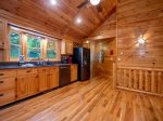 Babbling Brook - Hot Tub w/ Lower Level Access