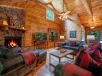 Babbling Brook - Breakfast Bar and Kitchen