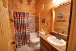 Papa Bear`s Den - Upper Level Bathroom