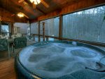 Awesome Retreat - Hot Tub