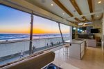 Oceanfront paradise, second level
