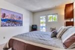 Queen bedroom with Cable TV gives access to outdoor patio - South Mission Beach, San Diego Vacation Home