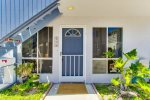 Entry way on the sunny side of the court- South Mission Beach, San Diego Vacation Rental