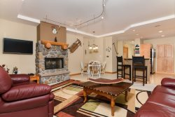 Luxury 2 bedroom Kirkwood condo across from lifts - Meadow Stone 104