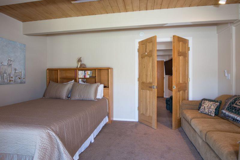 Lake Tahoe Luxury Vacation Home Rental Tahoe Keys 4