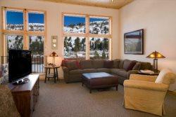 Luxury 2 bedroom condo with meadow facing views - Lost Cabin #2