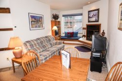 Cozy One Bedroom, Sun Meadows Three #103