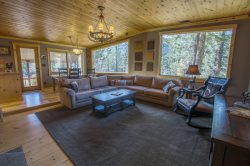 A nature lover`s paradise in South Lake Tahoe - horse stables too!