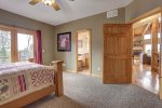 Eagle Trail Lodge bedroom with queen bed.