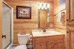 Black Bear Lodge Bathroom with tub/shower combo.