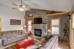 Alpine Getaway - Living room with Gas Fireplace.