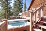 Alpine Getaway -Hot Tub for 6 people.