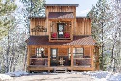 Saloon Cabin