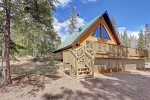 Deck with BBQ Grill and hot tub