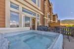 Utah Lodging / LSV 65 / Main Level / Private Hot Tub