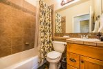 Utah Lodging / TR 37 / Main Level / Bathroom