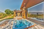 Utah Lodging / Fairways 49 / Private Hot Tub