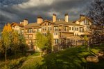 Snowmass Woodrun Vacation Rental Condos and Lodging