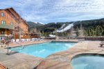 Dakota Lodge swimming pool next door - Black Bear Lodge Rentals