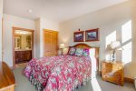 Guest Bedroom 2 - Red Hawk Town Homes 2337 - Keystone CO