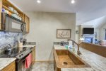 Granite Counter Tops and Breakfast Bar - Jackpine Lodge 8011 - Keystone CO