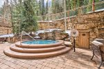 Outdoor Hot Tub - The Timbers - Keystone CO