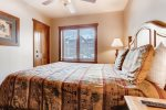 Bathroom Bedroom - 1 Bedroom Platinum-Rated Condo - River Run Village Condos