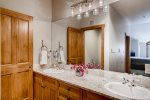 Guest Bathroom - 4 Bedroom - River Run Village Condos
