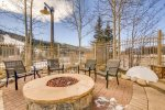 Shared Outdoor Firepit and Slope View - 4 Bedroom - River Run Village Condos