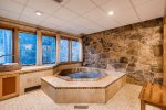 Private Hot Tub - 3 Bedroom Platinum-Rated Condo - Chateaux DuMont
