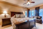 Master Bedroom - 3 Bedroom Platinum-Rated Condo - Chateaux DuMont