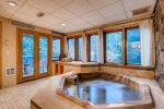 Private Indoor Hot Tub in Condo - 3 Bedroom Platinum-Rated Condo - Chateaux DuMont