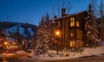 Elkhorn Lodge at Beaver Creek by Gondola Resorts