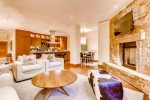 Living Room - Studio plus Den Residence - Solaris Residences Vail
