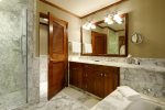 Bathroom - Ritz-Carlton Club at Aspen Highlands - 3 Bedroom