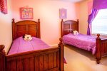 Kids Twin bedroom 1 2nd pic