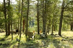 Listen to the whisper of Whychus Creek from backyard of this Sisters Oregon cabin rental backyard