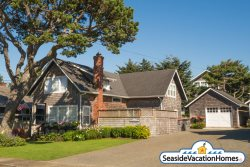 SERENDIPITY COTTAGE at Seaside Beach: 250ft to Beach
