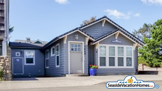 Awe Inspiring Pet Friendly Vacation Rental Homes In Seaside Cannon Beach Home Interior And Landscaping Spoatsignezvosmurscom