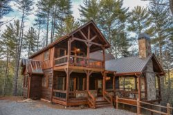 MISS CELIE'S CABIN: Beautiful 3BR/3BA New Construction, Luxury Cabin, Mountain View! In The Aska Adventure Area, Wifi, Hot Tub, Dog Friendly, Fenced Yard,  Pool Table, Sleeps 7 Starting At $250/night!