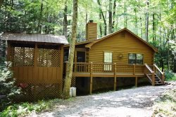 CREEKSIDE CHALET: 2BR/2BA, Sleeps 6, Hot Tub, Fire-Pit, WiFi, Screened Porch, Secluded, Wooded View, Private Creek Frontage With Small Waterfall, Starting at $100.00 per night