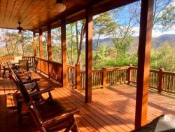 WHITETAIL RETREAT CABIN:  2BR/2BA , Sleeps 4, Newly Renovated, Exquisite Cabin Decor, Long Range Mountain View, Dog Friendly (under 25 lb), Gas Log Fireplace, Gas Grill, WiFi, Large Open Air Deck, Starting at $100 a night