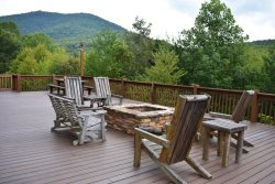 GOLDEN MOUNTAIN TOP - Starting At $185/Night