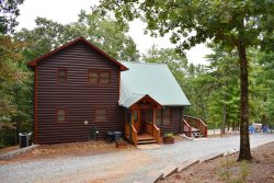 THE THREE BEAR LODGE:  3BR/3BA, Sleeps 8, WiFi, Gas Log Fireplace, Fire-Pit, Gas Grill, Hot Tub, Pool Table, Screened Porch starting at $140 per night