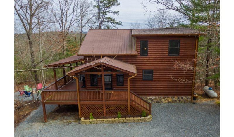 White Pines | Located in Blue Ridge | North GA Cabin Rental