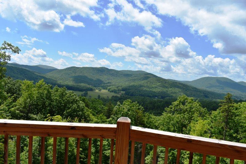 Amazing Year Round Mountain View